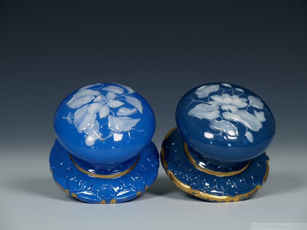Pair of Locke & Co Worcester Pâte-sur-Pâte Door Knobs, c.1895-1900.
