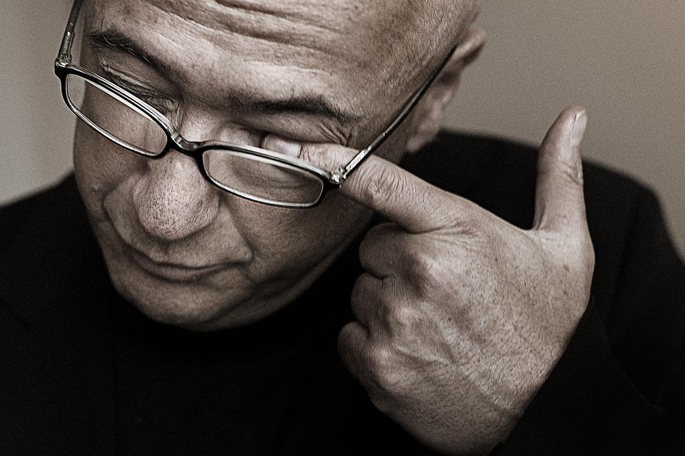 Gabi Gleichmann, forfatter