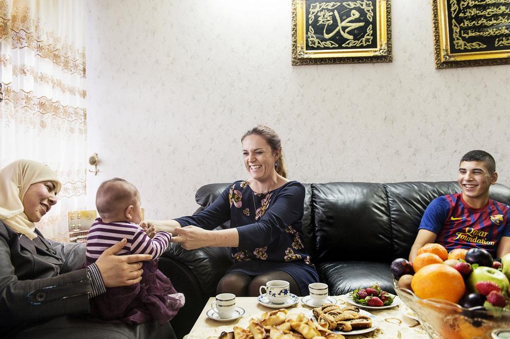 Tidl. Social- og Integrationsminister Karen Hækkerup besøger Gellerup Parken i Brabrand