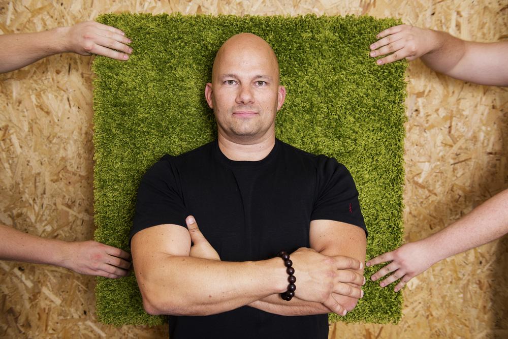 Lars Buch, Funifi