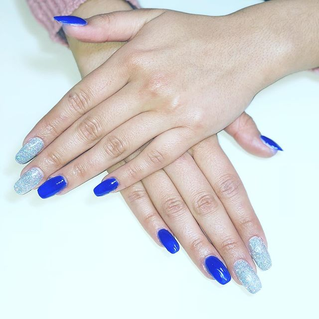 💅🏼Nails by Raquel Vallejo @salon_west . . . . . #nailsbyraquel #nailart #nailprodigy #nailenvy #notd #naildesign #nailgallery #dailynails #nailedit #nailsofig #nailstoinspire #glitter #acrylic #dippingpowder #longnails #nailgame #nailpro #fashionnails #nails #ftwnails #fortworthdaily #fortworthsalon #onlysalonwest