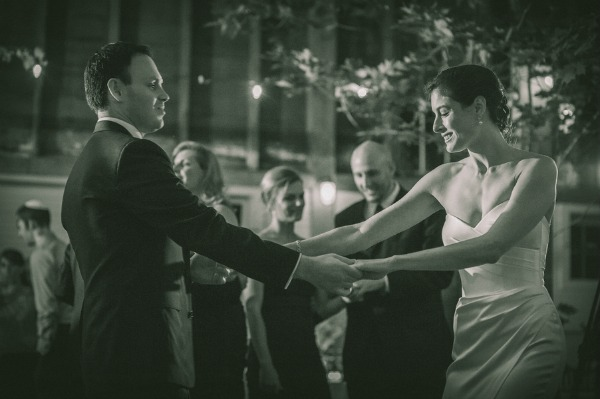 jewish-wedding-couple-dancing.jpg