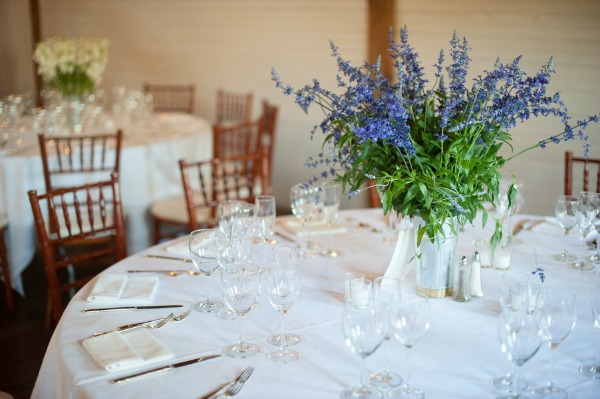 purple-white-wedding-centerpieces.jpg