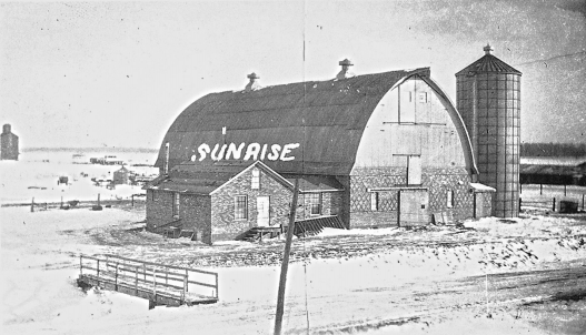 A barn at the Sunrise Co-operative Farm Community, Alecia, Michigan, circa 1933-1936. Courtesy of the Boris Yelensky Papers, 1939-1975, Labadie Collection, University of Michigan Library (Special Collections Library).