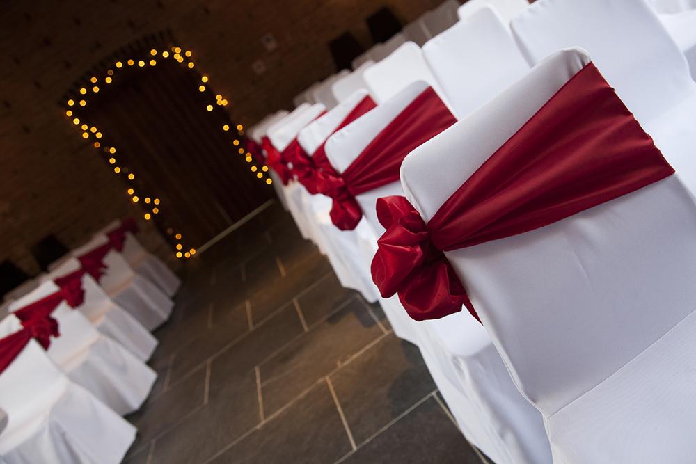 red house barns weddings.jpg