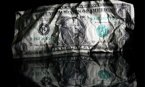 Dollar changes little amidst lack of geopolitical risk