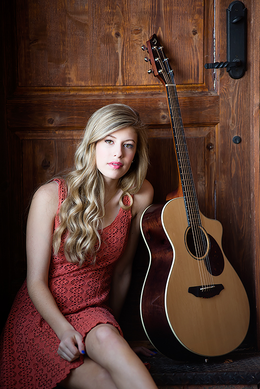 girl-with-guitar-mckinney-senior-portraits.jpg