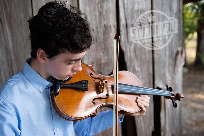 dallas-senior-boy-with-viola