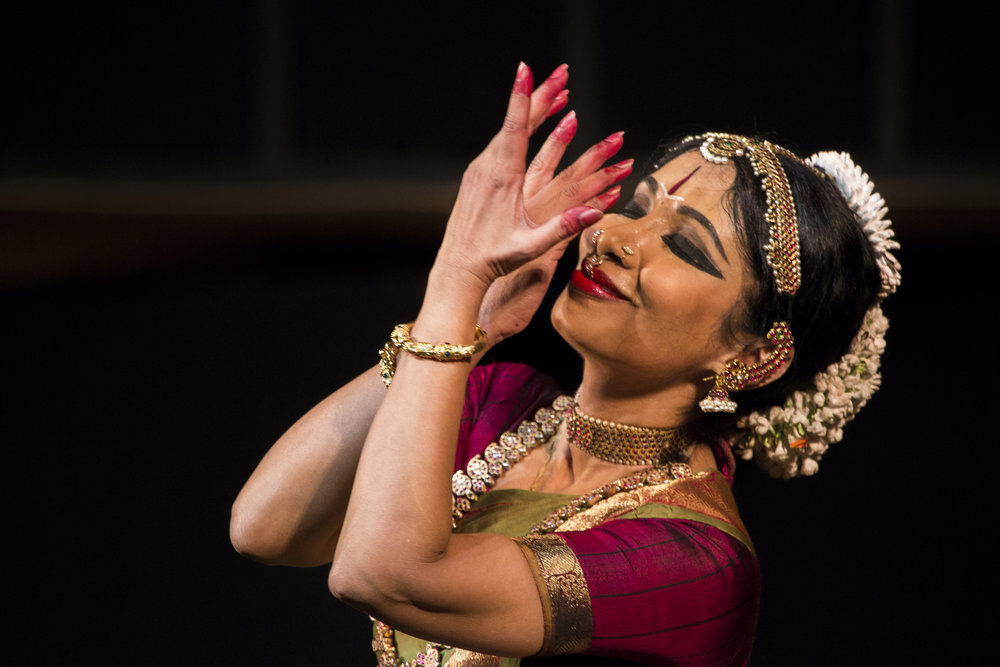 "September 14 and 16, 2017     Legendary dancer/choreographer Smt. Alarmel Valli from Chennai, India performs in Minneapolis    ""Alarmel Valli is a paragon. She is that rare thing - the solo performer who puts all others out of mind.""  —The New York Times"