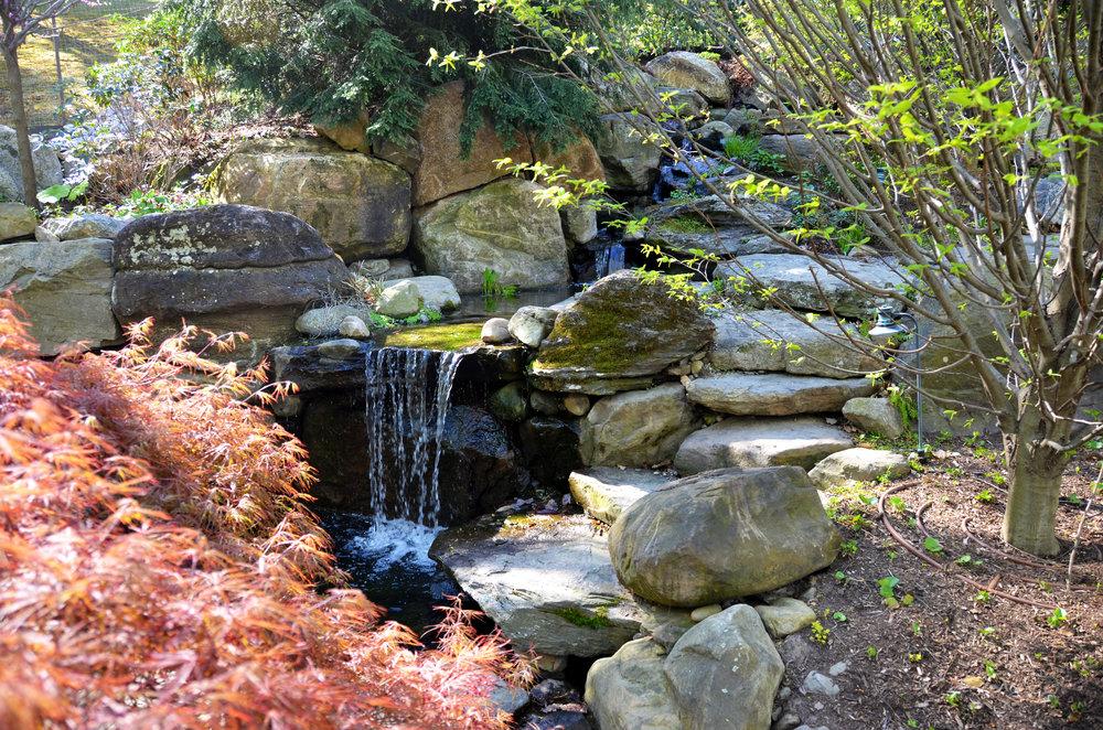 waterfall_design build_custom_natural.jpg