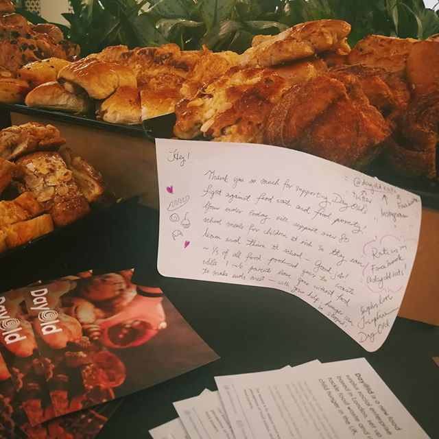 DayOld is at the Lord Mayor's City Giving Day at @investec with @bromley_by_bow_centre to celebrate volunteering with some delish surplus treats 🍞🍪🍩 Do you know that @dayoldeats is an alumni of the Beyond Business programme alongside awesome ventures like @jutashoes @crackedit @fat_macys and more? 😍😍😍