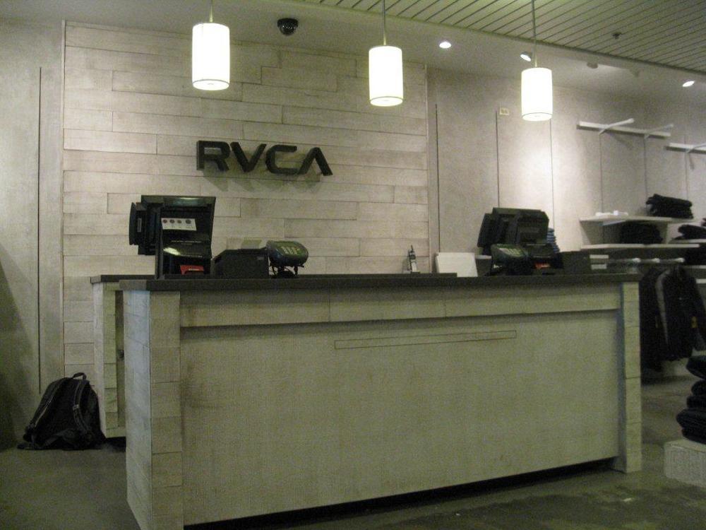 RVCA-Waikiki-10-4-2012-064.jpg