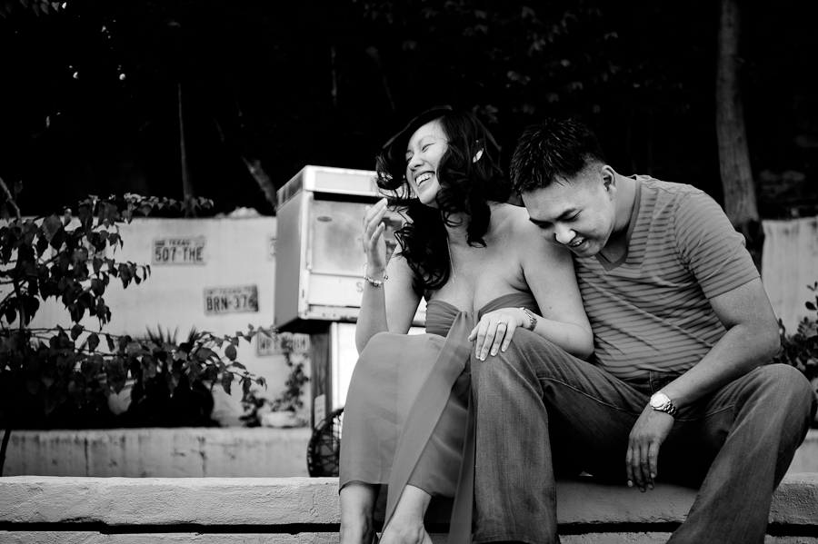 olivia-vale-austin-engagement-photos-south-congress-004.jpg