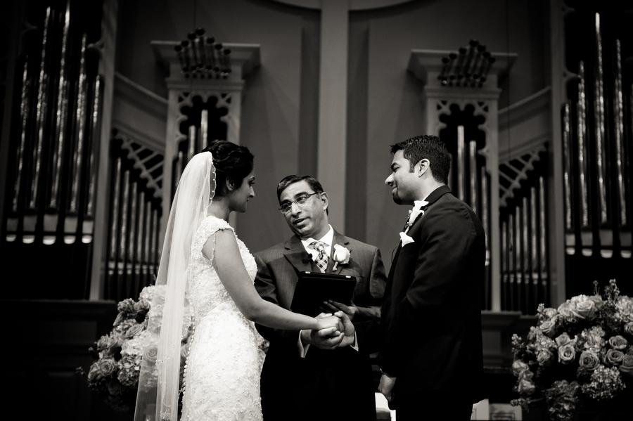 Plano-westin-galleria-indian-wedding-photos-olivia-vale099.jpg