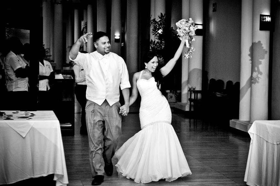 grand-palladium-jamaica-wedding-bonfire-photos-olivia-vale-117.jpg