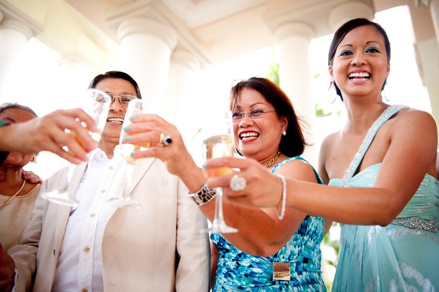 grand-palladium-jamaica-wedding-bonfire-photos-olivia-vale-115.jpg