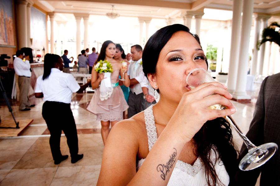 grand-palladium-jamaica-wedding-bonfire-photos-olivia-vale-114.jpg