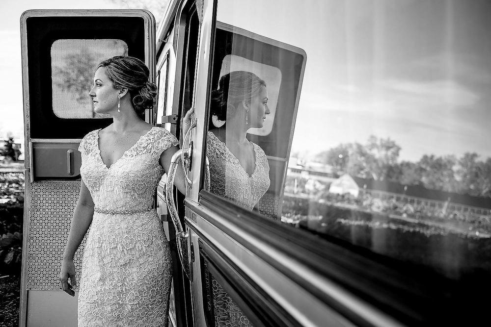Springdale-farms-wedding-photography-austin-018.jpg