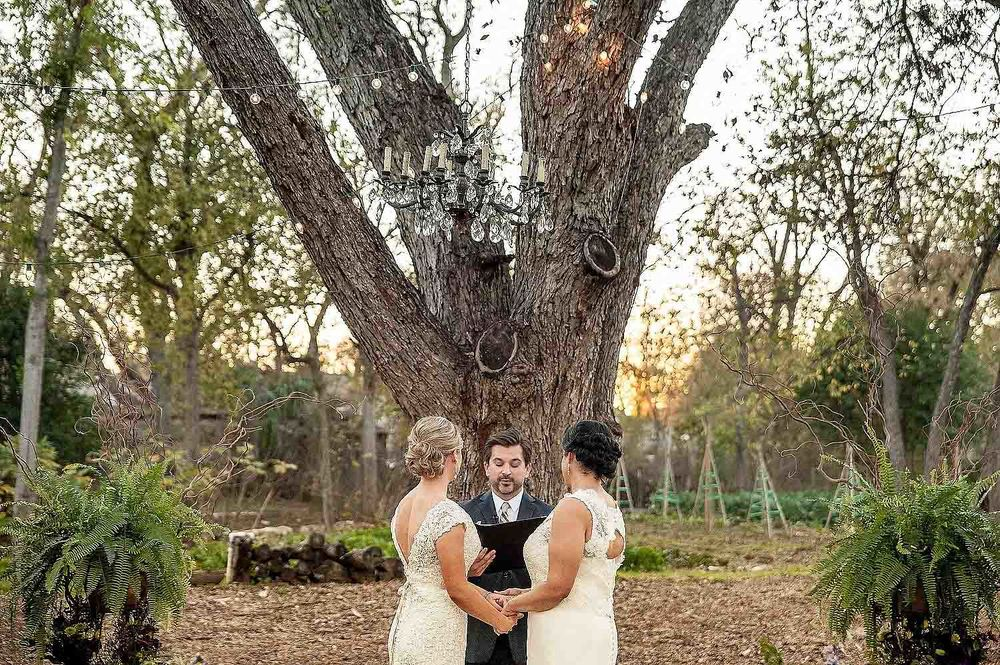 Springdale-farms-wedding-photography-austin-023.jpg