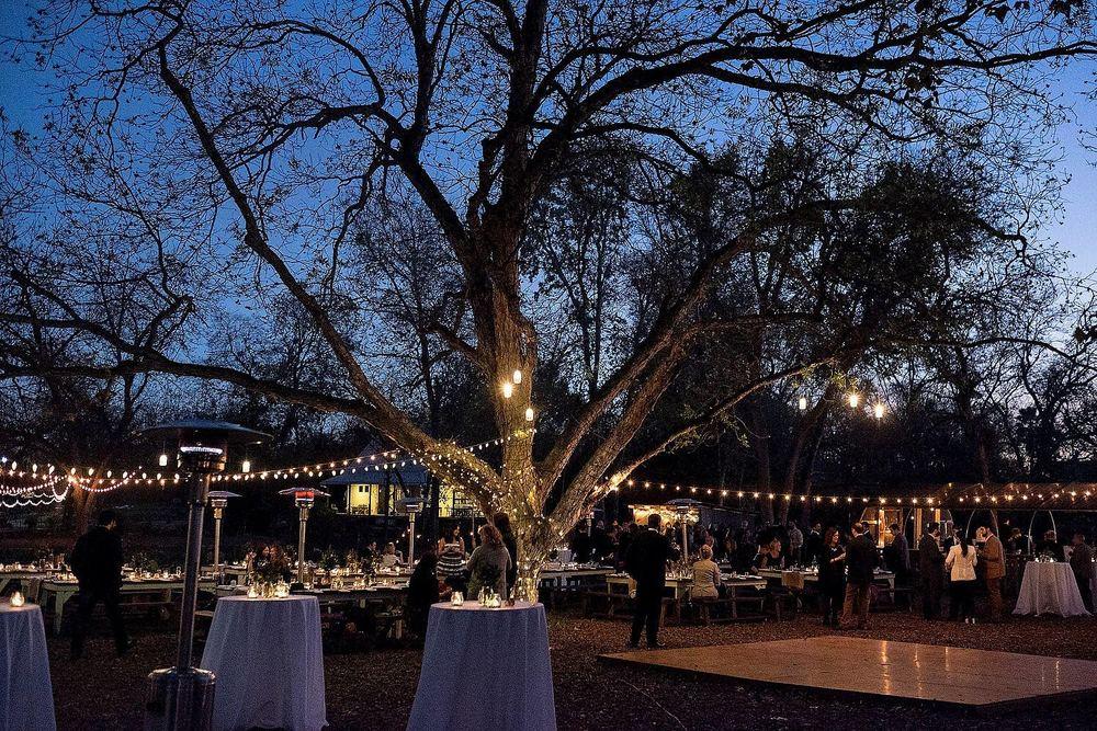 Springdale-farms-wedding-photography-austin-025.jpg