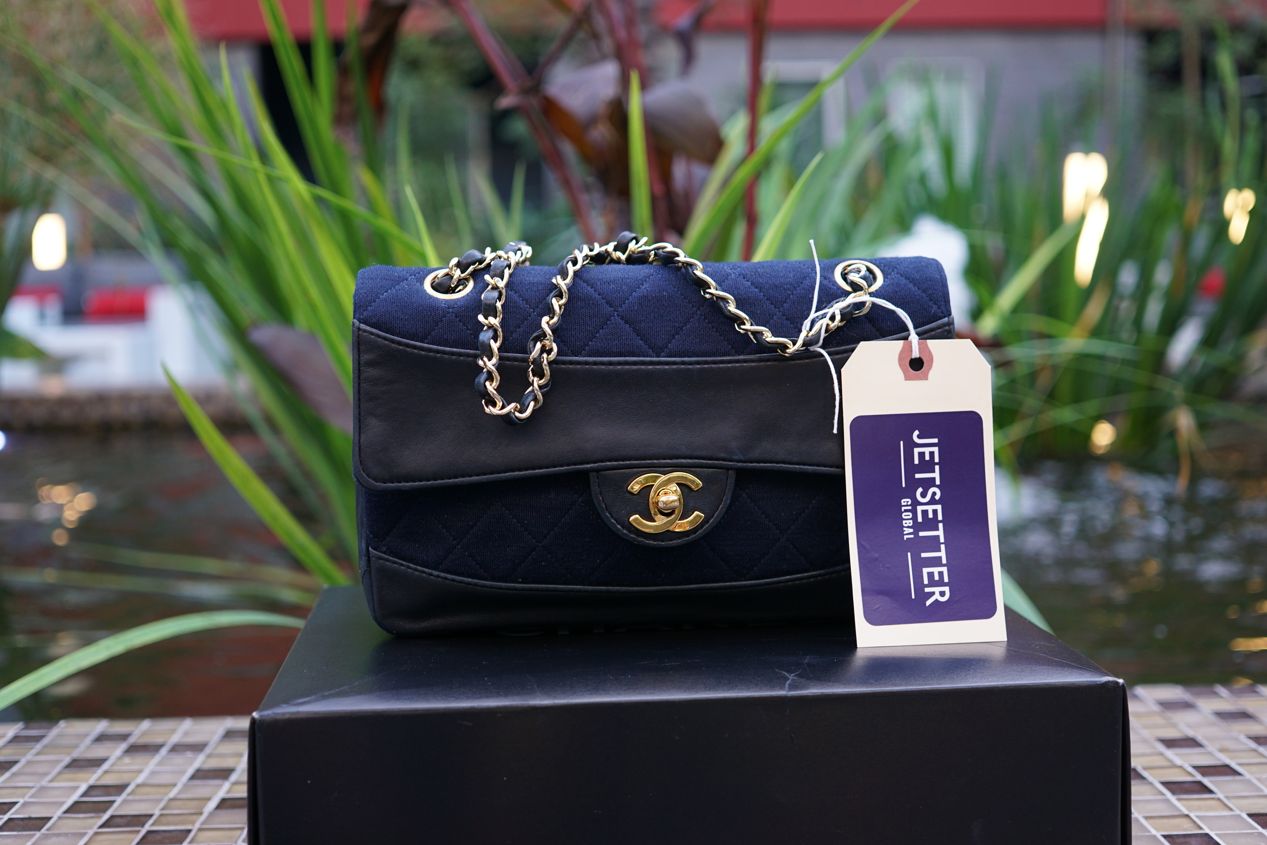 49dc02c0 1991 / Chanel Navy Fabric Leather Flap Small