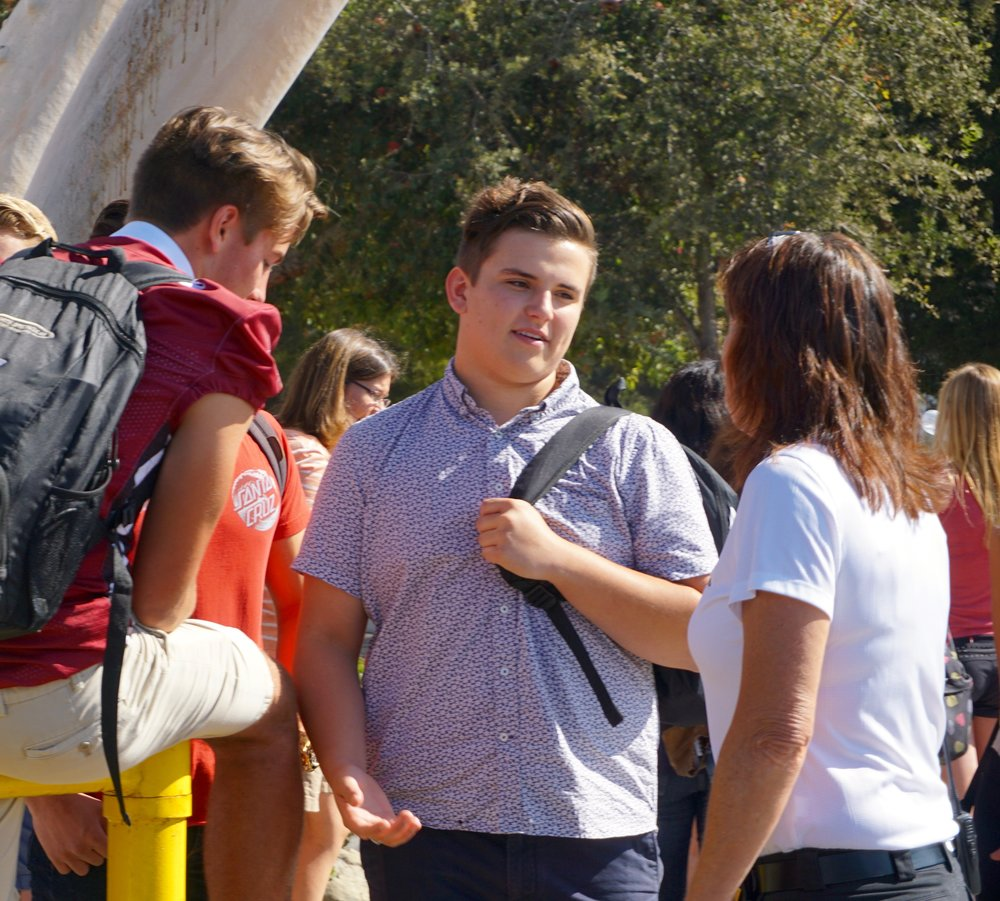 Students talk with Tanya