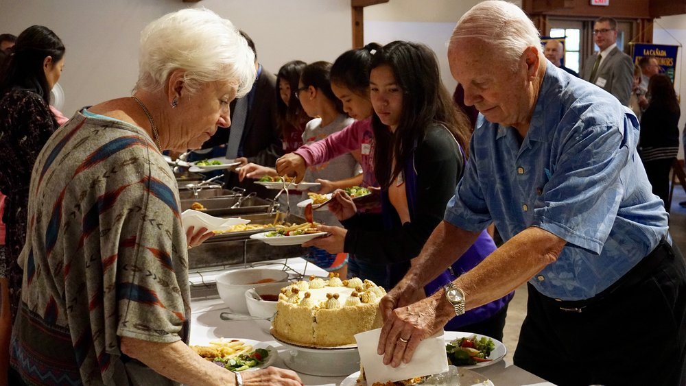 Kiwanis members gather for lunch