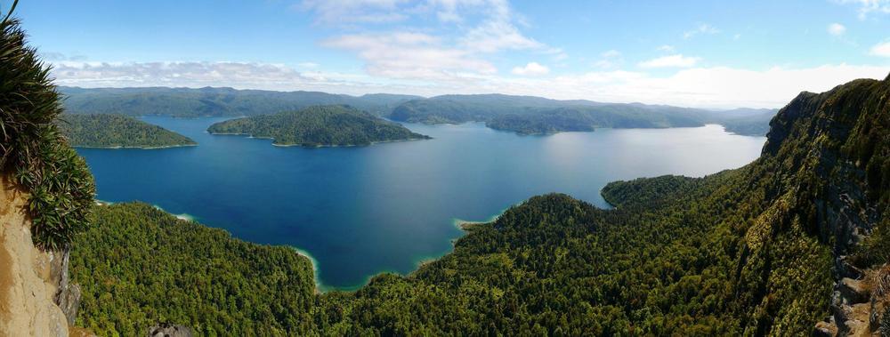 Panekire Bluffs - Lake Waikaremoana - Te Urewera