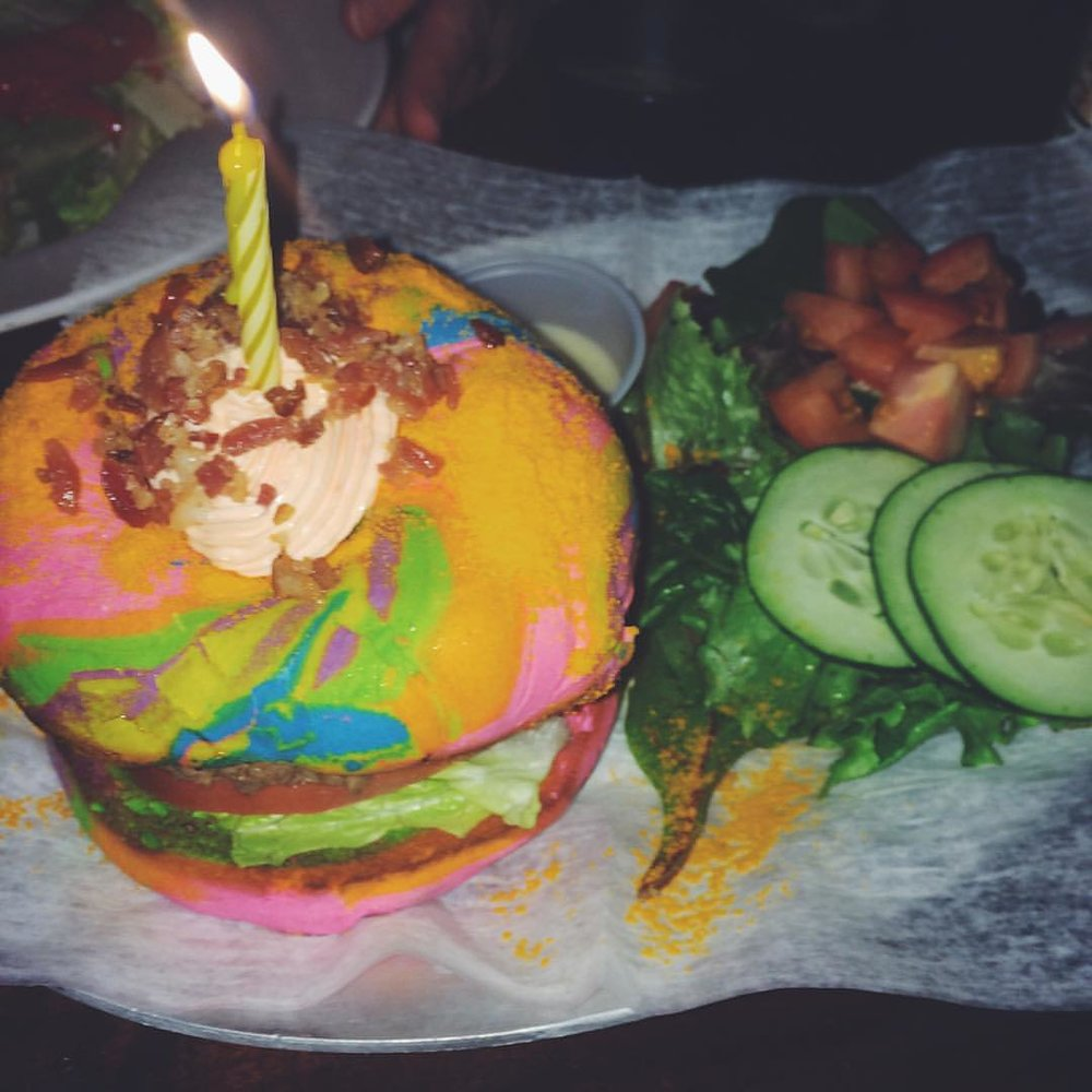The Last Unicorn burger 🦄 from the Baroness in Long Island City on a famous rainbow bagel from The Bagel Store in BK.  Featuring ketchup cream cheese, bacon sprinkles, & of course a candle because every unicorn needs a horn!             #longislandcity #licqueens #licny #lic #licfood #queensfood #food #queenseats #eeeeeats #queensistasty #heartofqueens  #queenslove @thebaronessbar @thebagelstore  (at The Baroness)