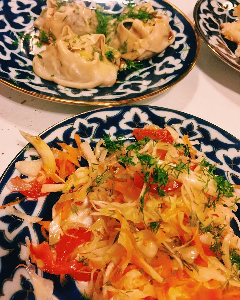 Our server at Taste of Samarkand in Rego Park suggested we get the cabbage salad as an app and she was right–it was delicious! #regopark #regoparkfood #middlevillage #middlevillagefood #regoparkny #middlevillageny #queensfood #food #queensistasty #queenseats #eeeeeats #heartofqueens #tasteofsamarkand (at Taste Of Samarkand)
