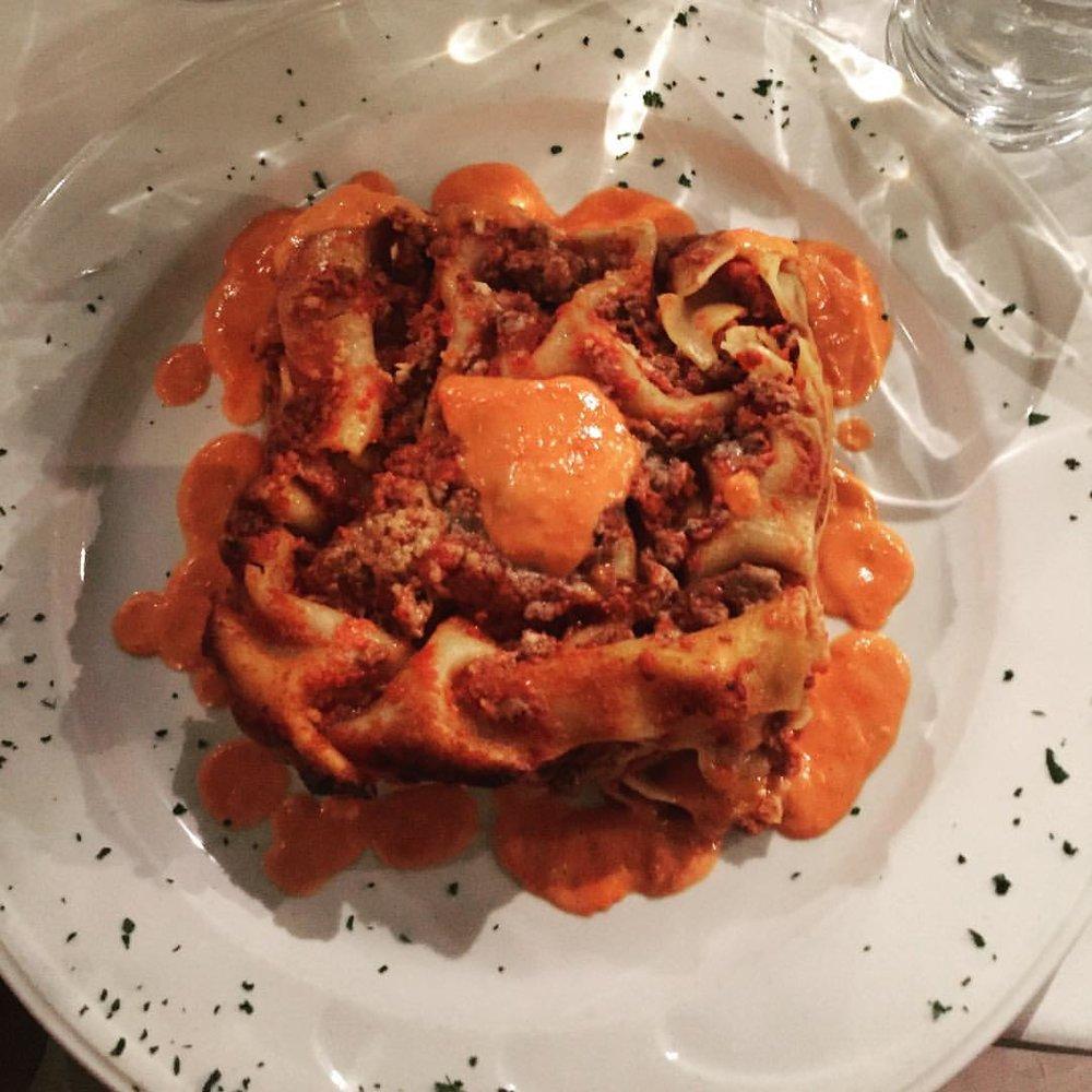 My all time favorite lasagne is from Antica Trattoria in Ridgewood. That creamy tomato/bechamel sauce is SOOO good. #queenscravings #ridgewood #ridgewoodny #freshpondroad #freshpond #eeeeeats #queenseats #food #ridgewoodfood #queensistasty #heartofqueens (at Antica Trattoria Restaurant - NYC)