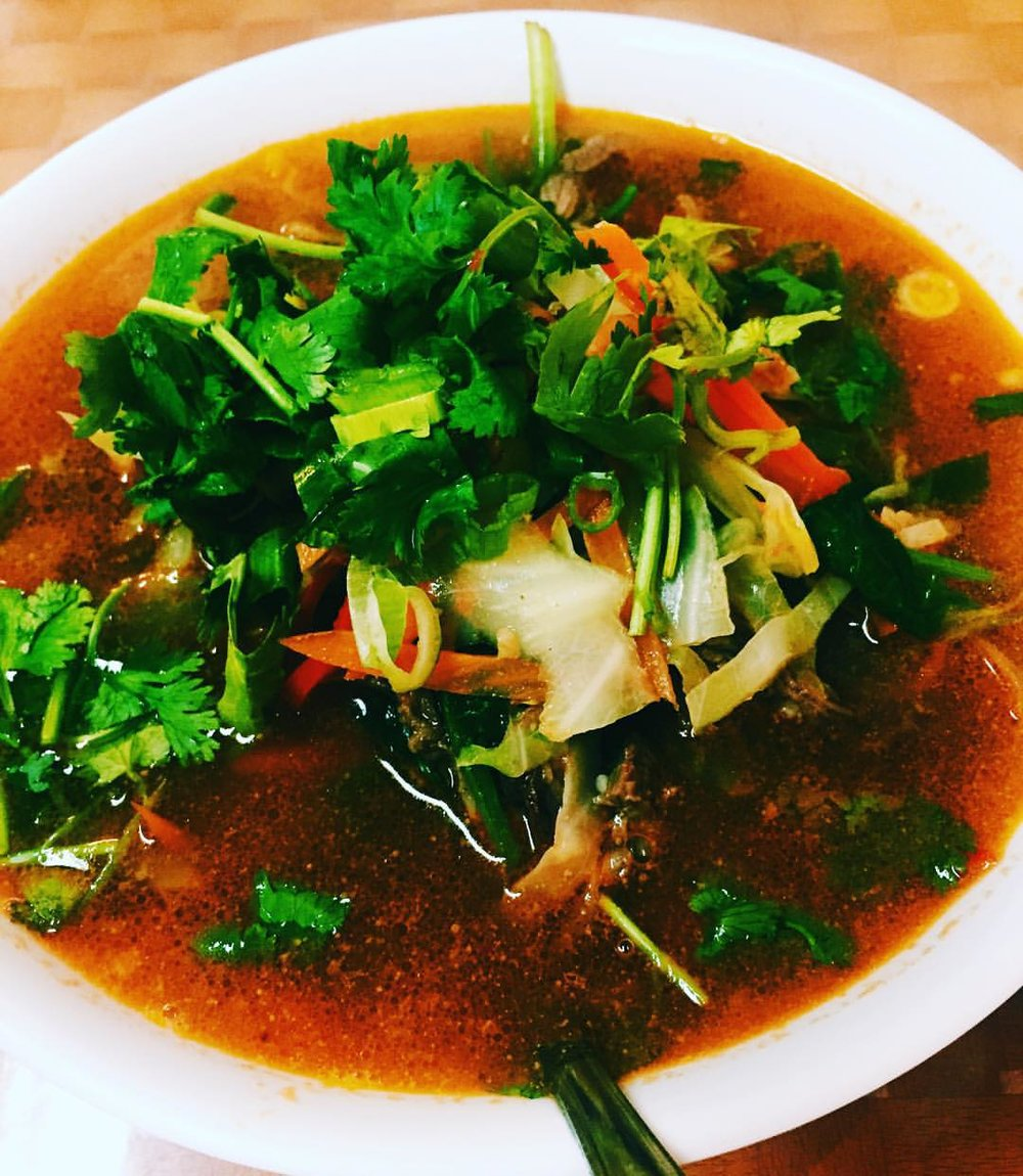 Craving right now on this crappy rainy day: Tibetan noodle soup from Lhasa Fast Food in Jackson Heights #thukpa #jacksonheights #jacksonheightsny #jacksonheightsfood #74thstreet #food #queenseats #heartofqueens #eeeeeats (at Lhasa Fast Food)