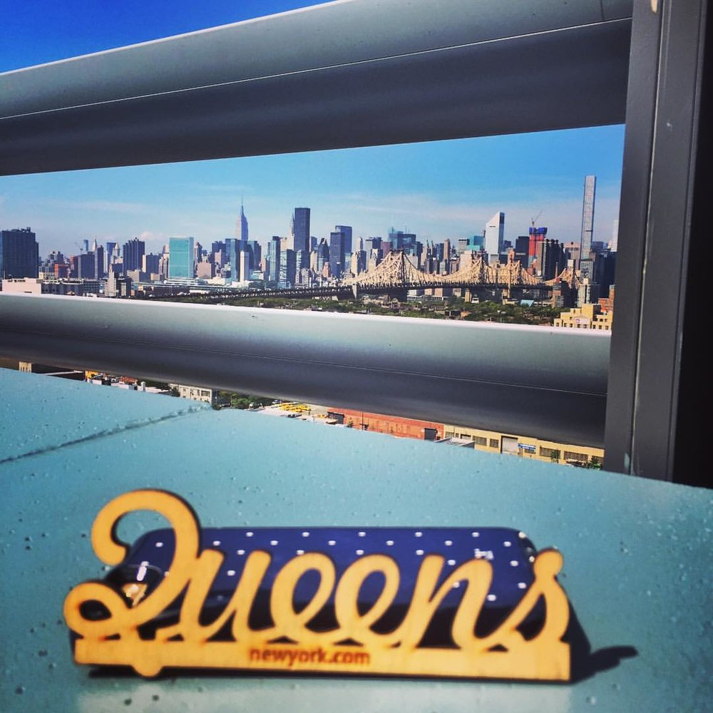 Loving the rooftop @borohotel, last stop for the #QueensReignsSupreme #5boroughlandmark instameet @whyilovenewyorkcity #5boroughlandmark #5borough2015 @queenscapes @joke_honor @erickhercules (at Boro Hotel)