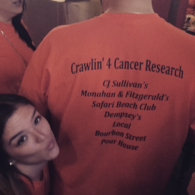 Yes, we're those crazy orange shirts on bell @meagelizabeth #crawlingforcancer #bayside #queens #heartofqueens #inVINcible (at Bourbon Street)