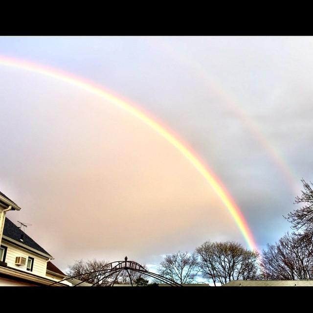 Double rainbow 🌈🌈💛 via @meagelizabeth #bellerose #queensvillage #queens #queenscapes #heartofqueens