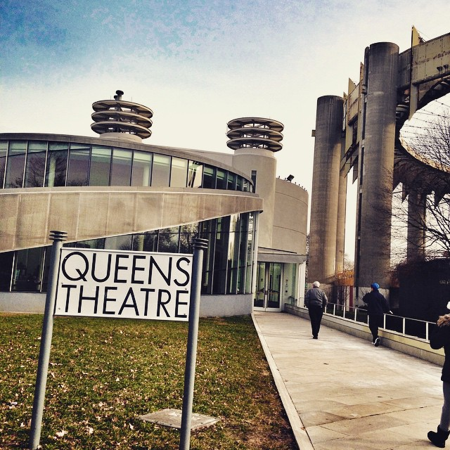 The theaterama + NYS pavilion #queenscapes #flushingmeadows #corona #nyspavilion #heartofqueens #latergram #queens  (at Queens Theatre in the Park)