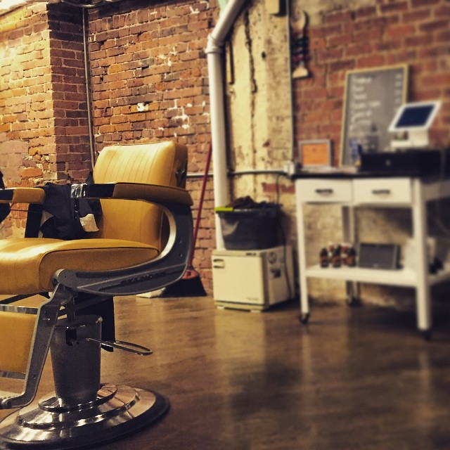More from last night's haircut @otisandfinnbarbershop #lic (at Otis & Finn Barbershop)