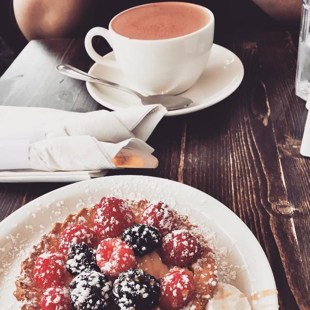 How many @marthasbakeryforesthills mixed berry tarts should you eat in one day? @aird511 #icaneatlike5 #redvelvethotchocolate