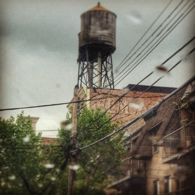 Remnants of Elmwood theater peeking out #elmhurst (at Elmwood Movie Theater)