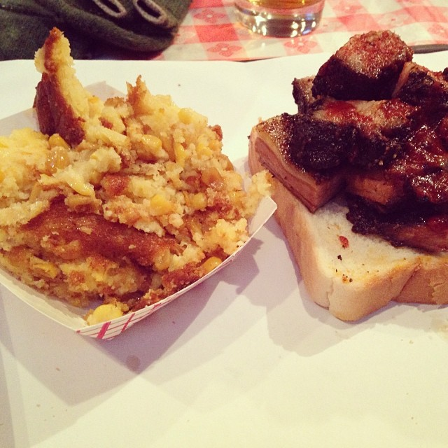 Favorite combo burnt ends and corn bread with @bmickg @eyuneman  (at John Brown Smokehouse)