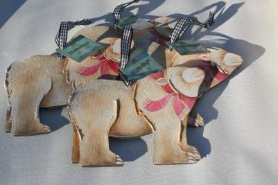 Brown Bear Ornament group_400