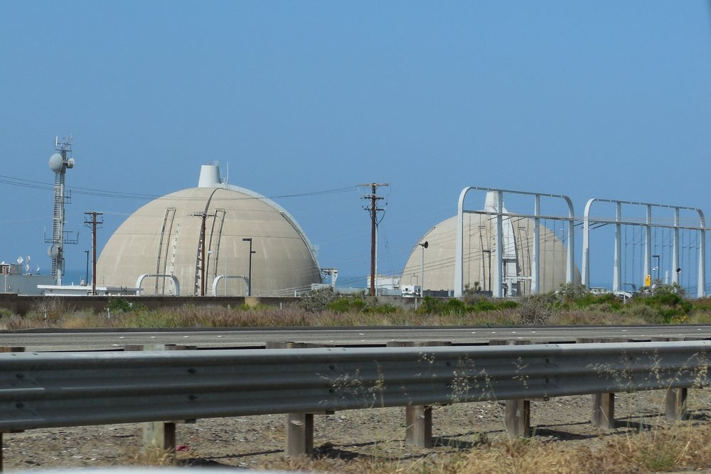 San_Onofre_Nuclear_Generating_Station_2015-04-01.jpg