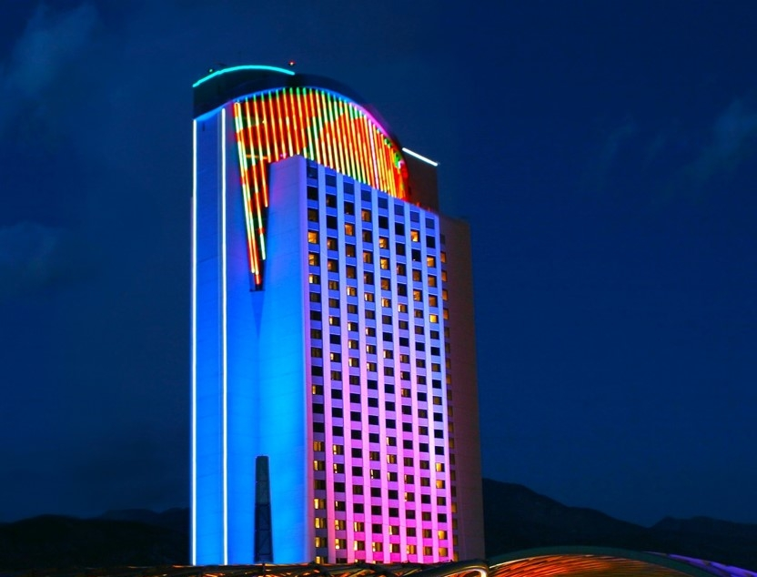 Morongo_Casino_Resort_&_Spa,_Palm_Springs,_CA.jpg