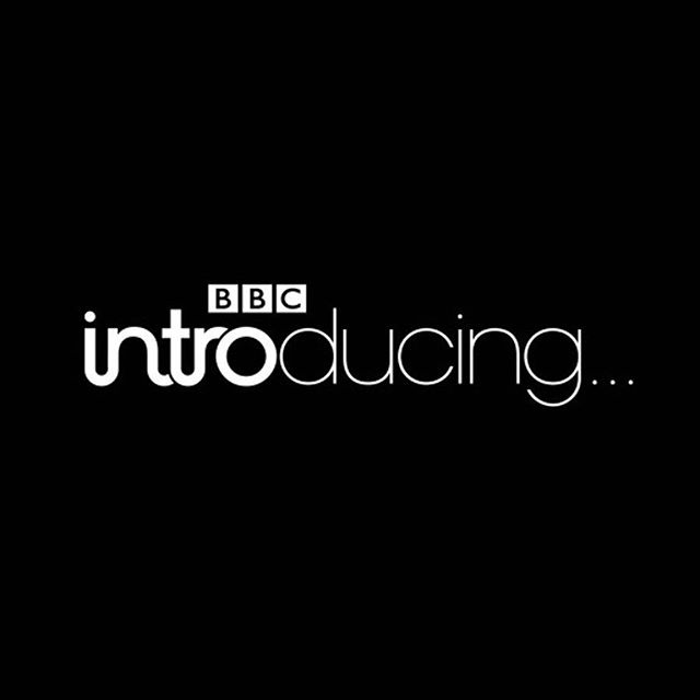 🗣 AMAZING NEWS!!! 😱 My song #TheFuture is getting its first ever #radioplay TOMORROW on @bbccambridgeshire on #bbcintroducing • save this link (in my bio) + tune in from 8pm to hear it! 💜