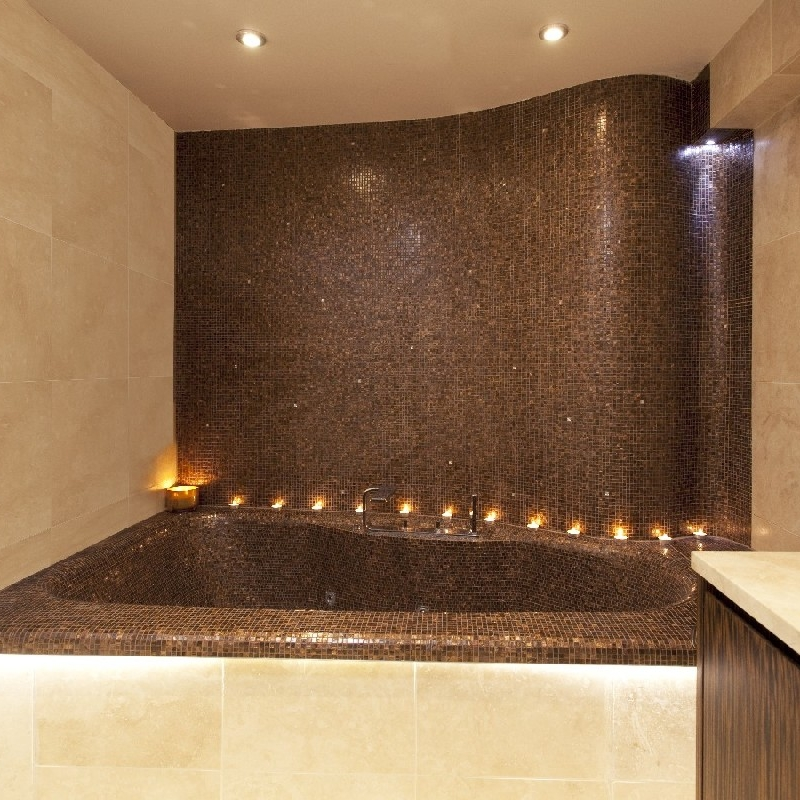 Luxury Bespoke Bathroom. Curved Feature Wall Embedded with Crystals. Large Fitting Jacuzzi. Steam Room. Hidden TV.