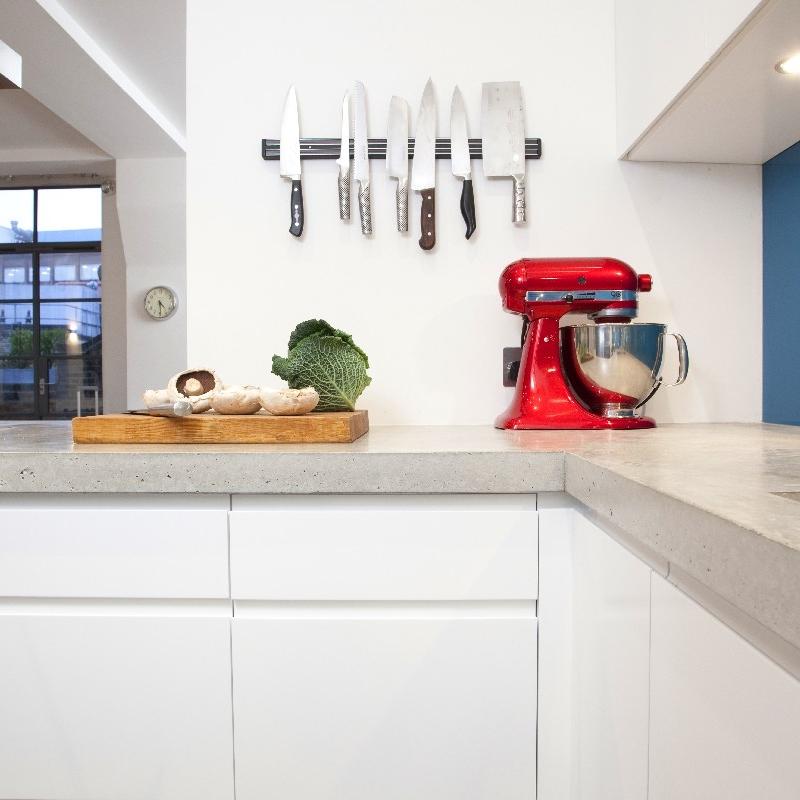 Bespoke Modern/Minimalist Kitchen Design.White Lacquer. Grey Concrete Worktops. Open Kitchen. Blue/Turquoise.