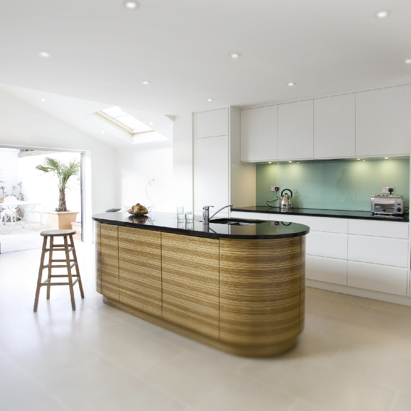 Contemporary & Modern Kitchens