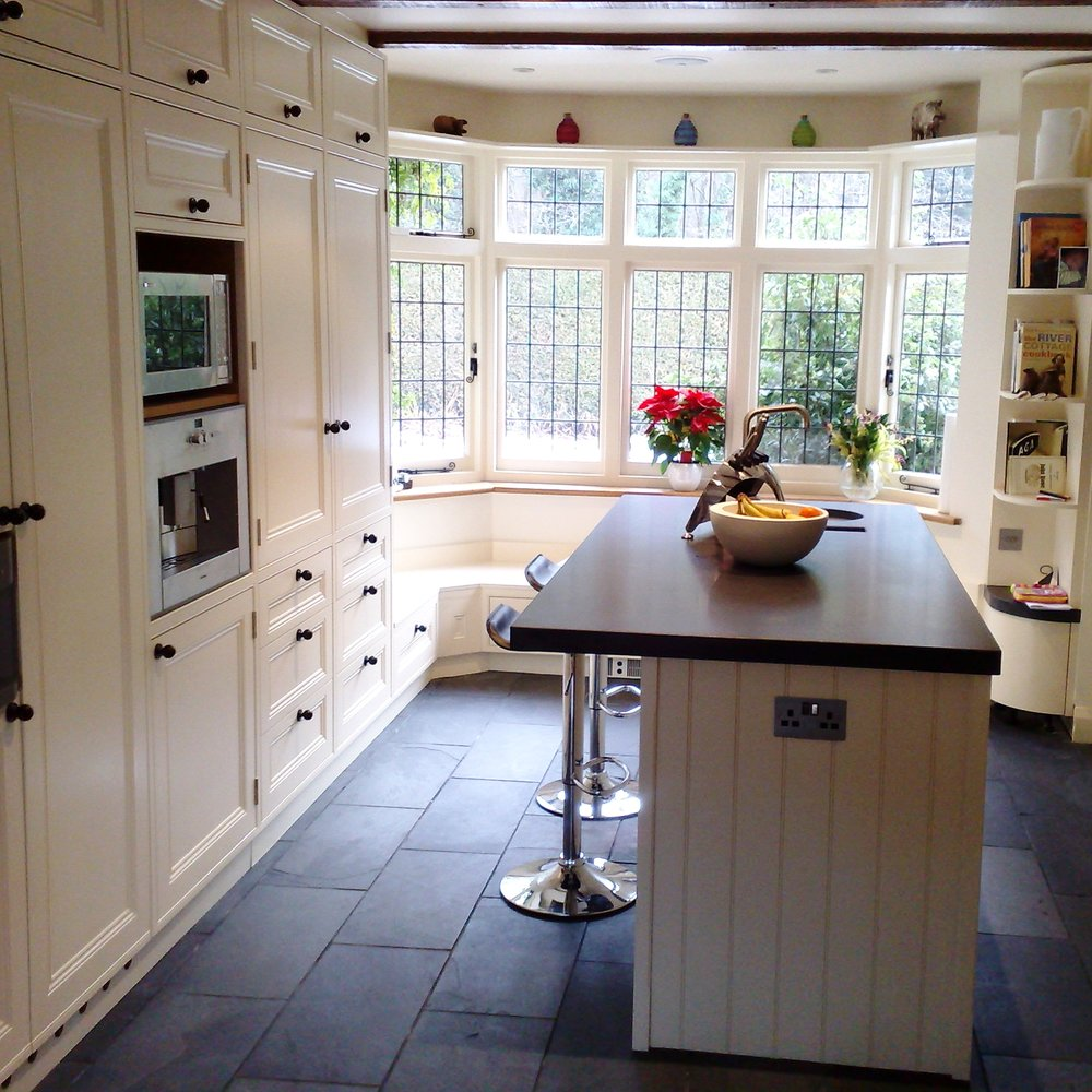 Traditional Bespoke Kitchen. Handmade Furniture. Country Style. Wooden Cabinetry. Black Slate Floor. Island.