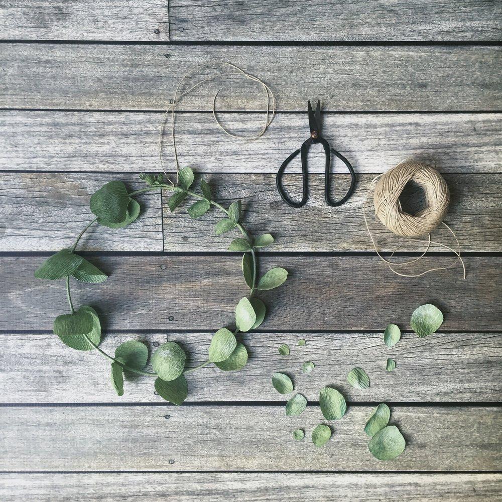 Make a paper eucalyptus wreath workshop