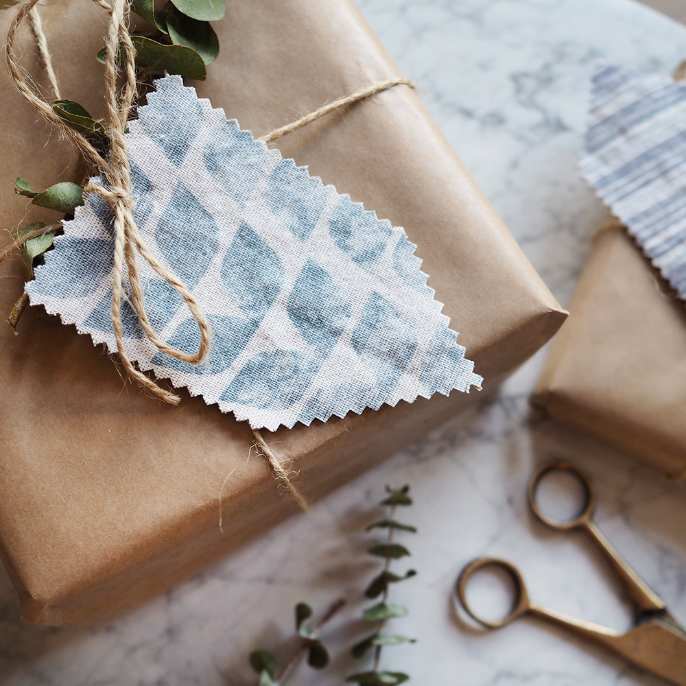 fabric gift tags idea